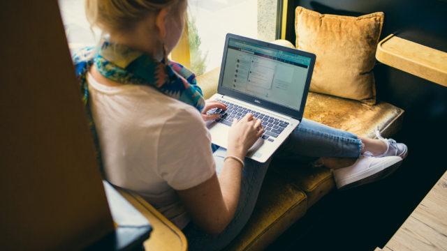 Jak być przedsiębiorcą na etacie?